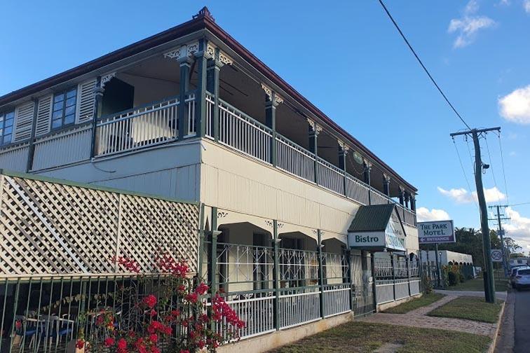 i - Park Hotel Motel