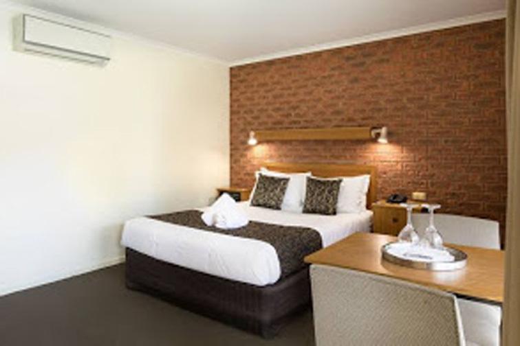 f - Advance Motel Wangaratta
