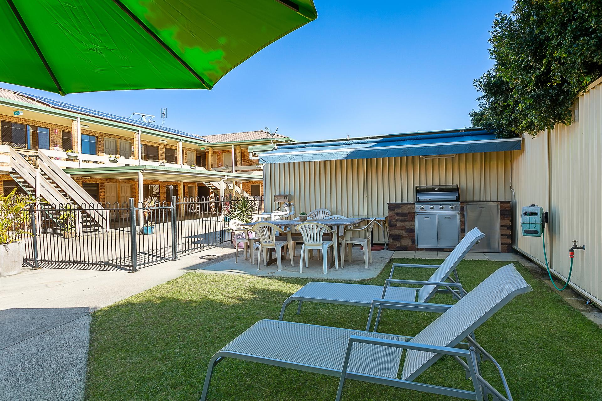 c - Golden Beach Motor Inn