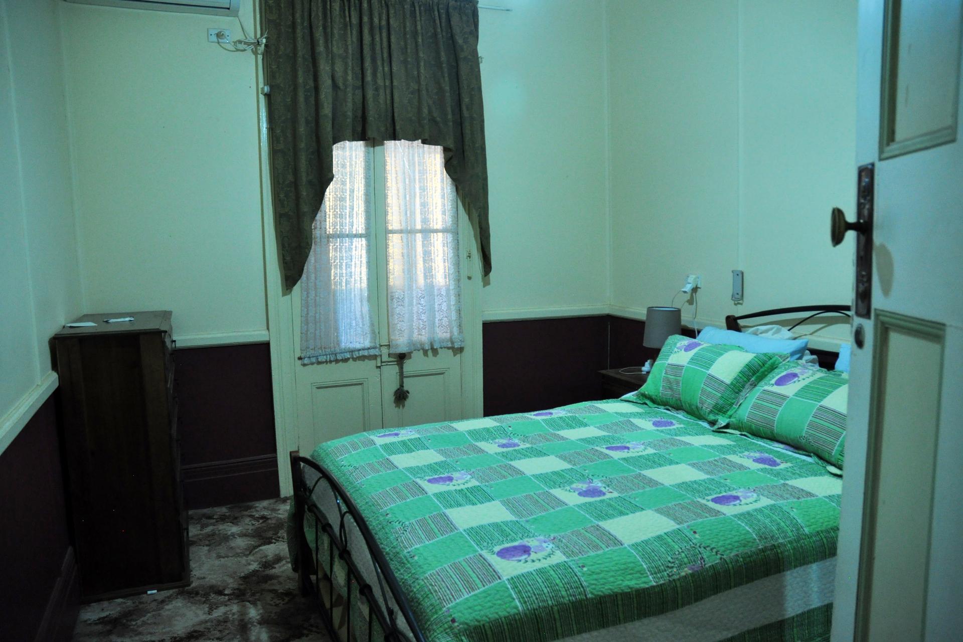 c - Bungalow Motel