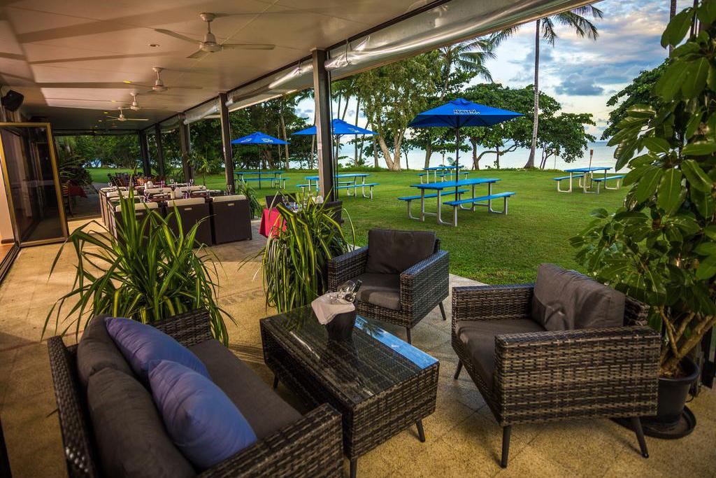 i - King Reef Resort