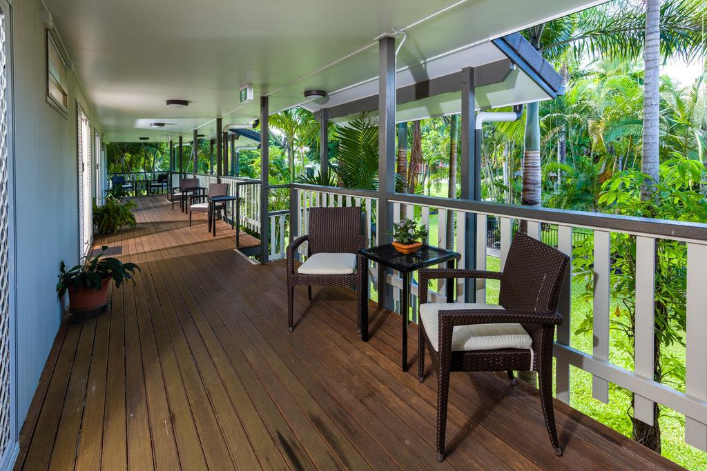 h - King Reef Resort