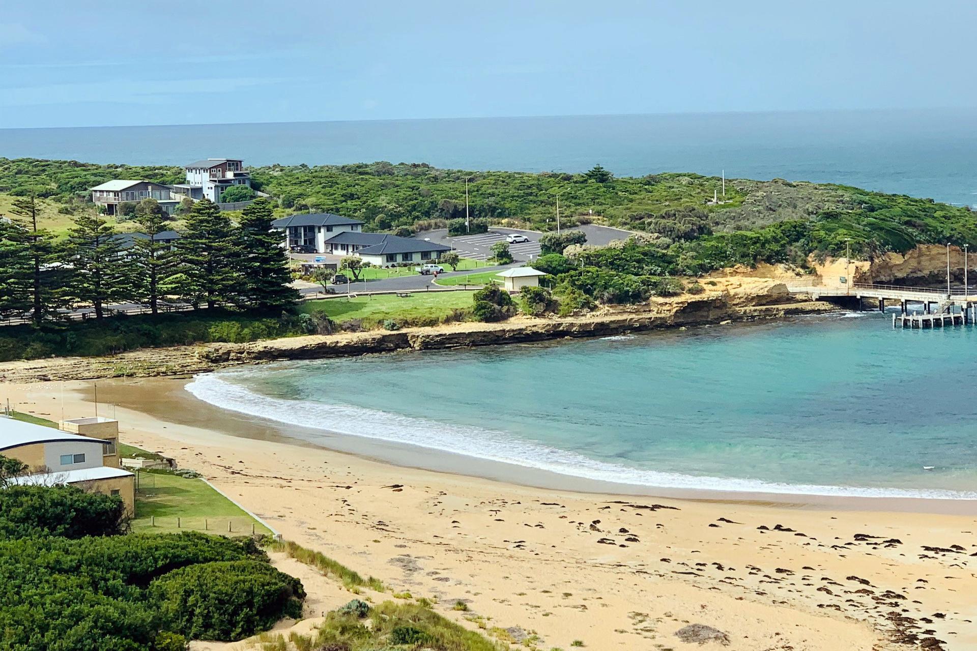 j - Southern Ocean Motor Inn
