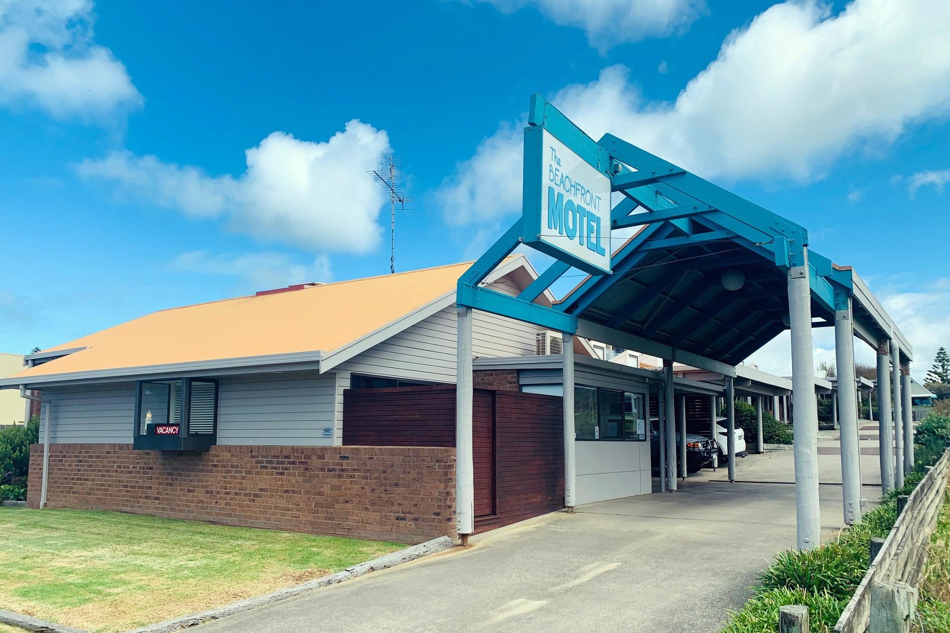 o - The Beachfront Motel