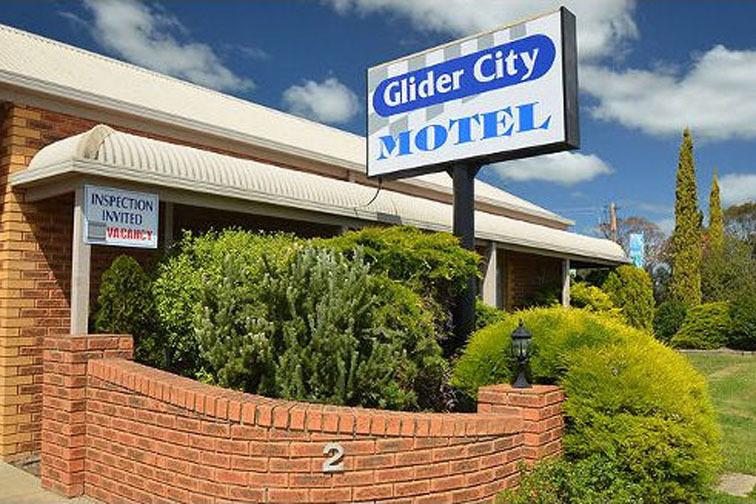 f - Glider City Motel