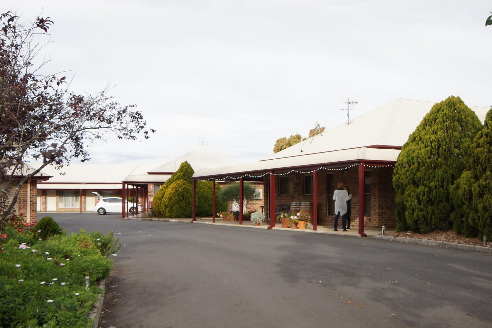 Crows Nest Motel