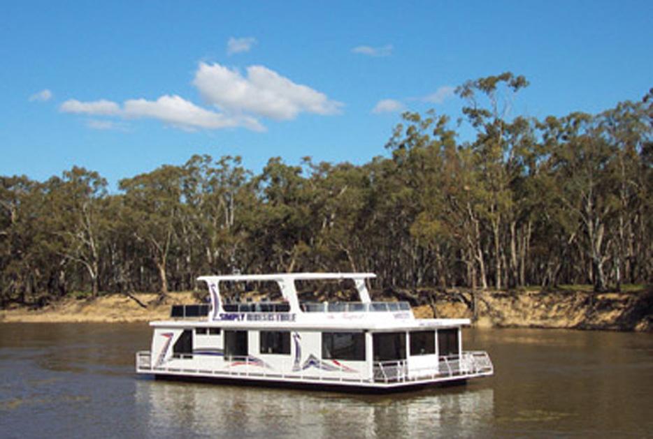 b - Luxury On The Murray