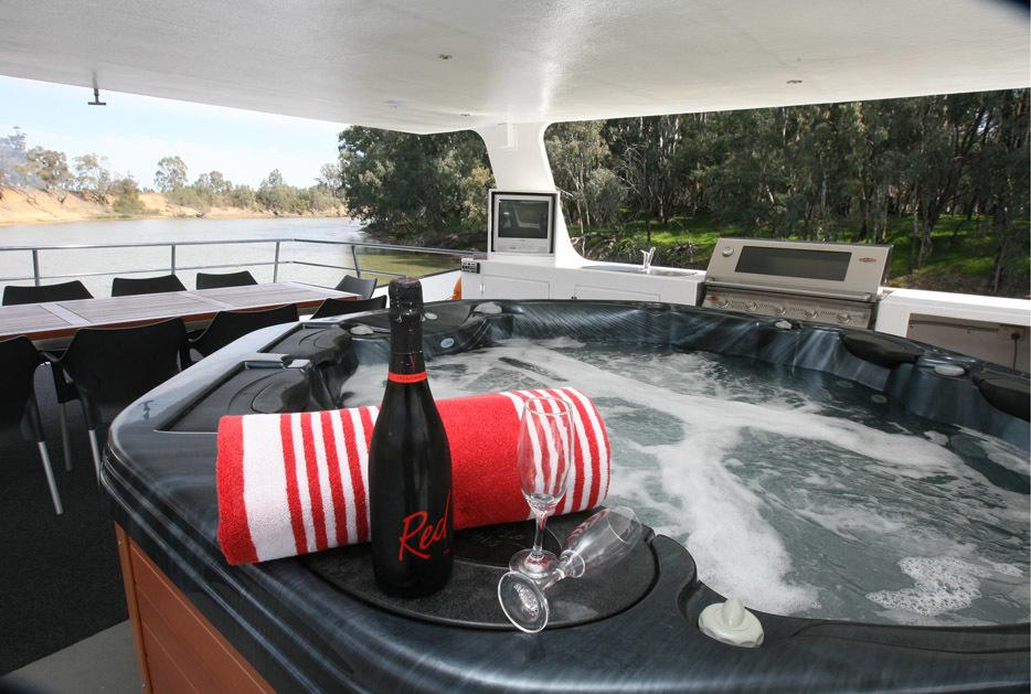 f - Luxury On The Murray