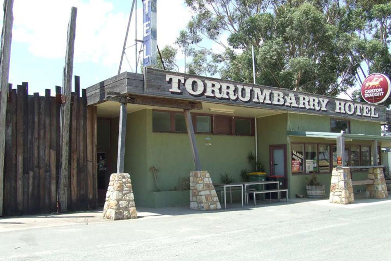 m - Torrumbarry Hotel Motel
