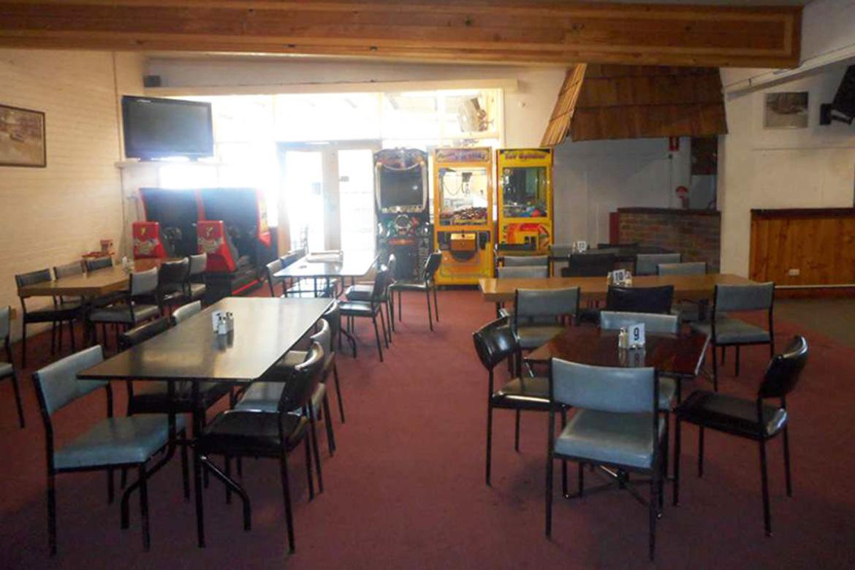 b - Torrumbarry Hotel Motel