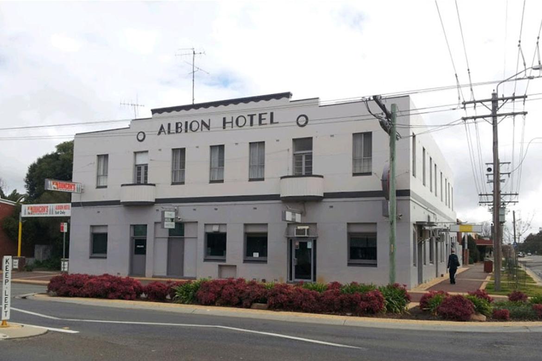 Albion Hotel Motel