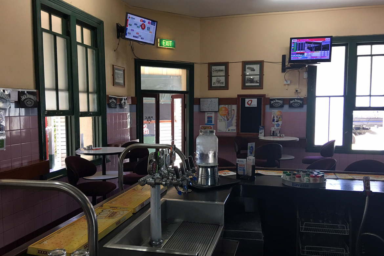 c - Queensport Tavern