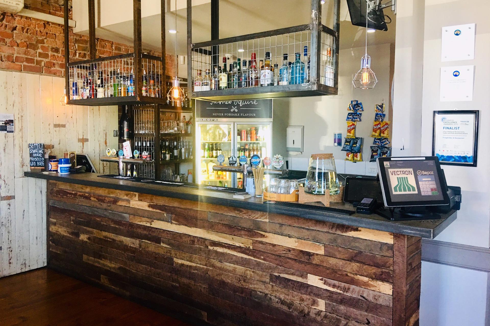 j - Freight Bar & Restaurant