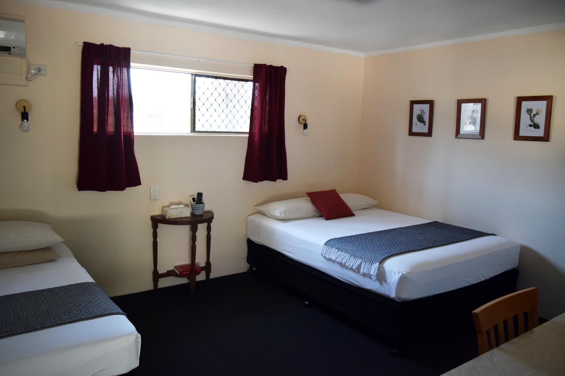 a - Siesta Villa Motel