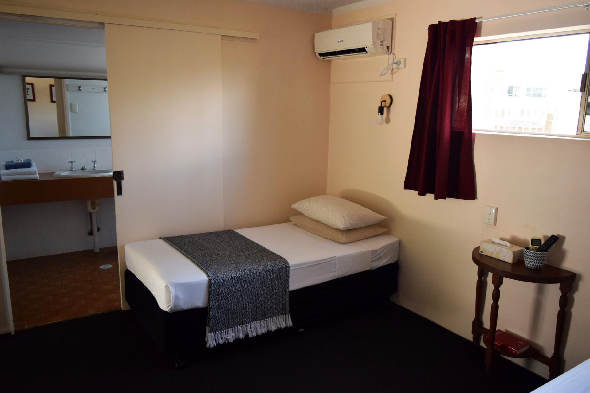 e - Siesta Villa Motel