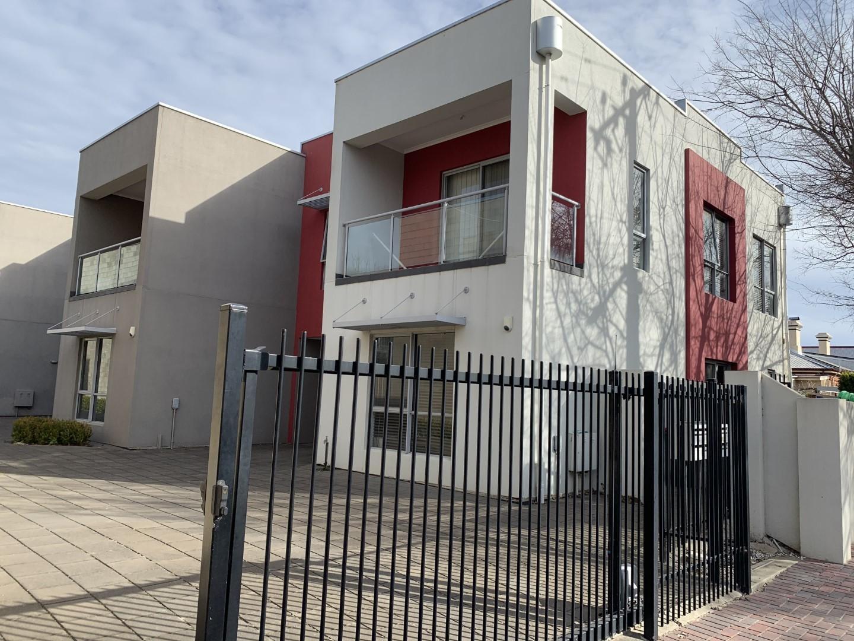 Level 1, Unit 1/20  Chapel  Street,  Norwood