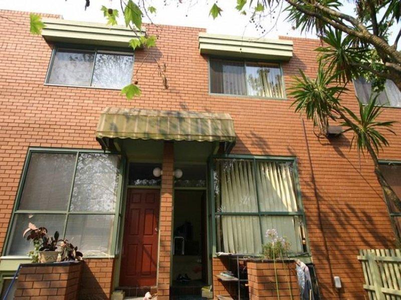 Unit 3/20 Albion Road,  Box Hill