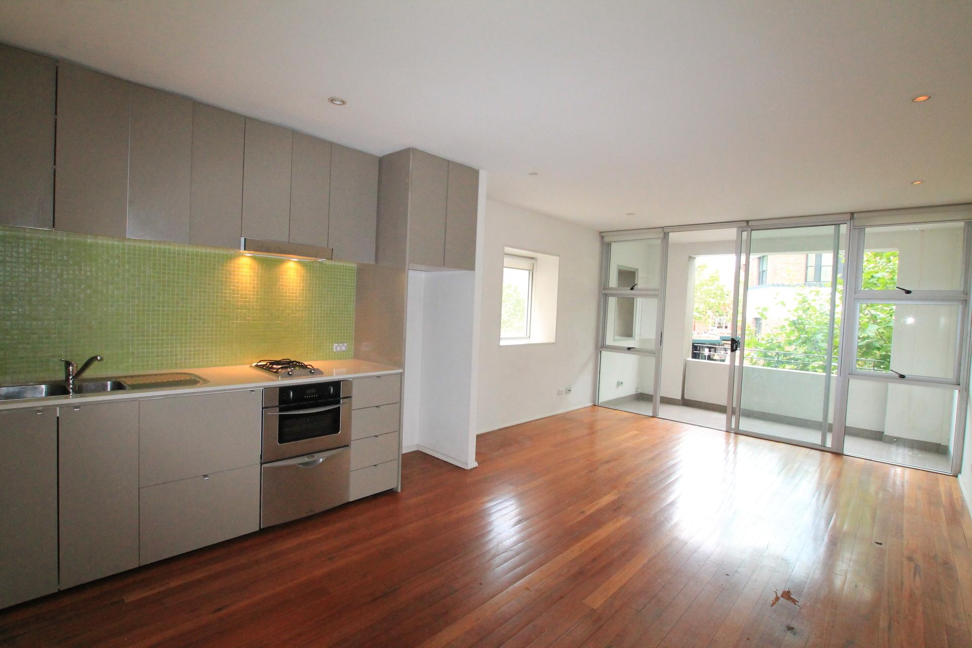 205/241- 247  Crown  Street Darlinghurst