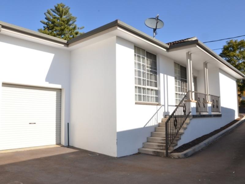 1/74 Bradbury Avenue,  Campbelltown