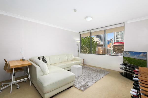 306/39 McLaren  Street,  North Sydney