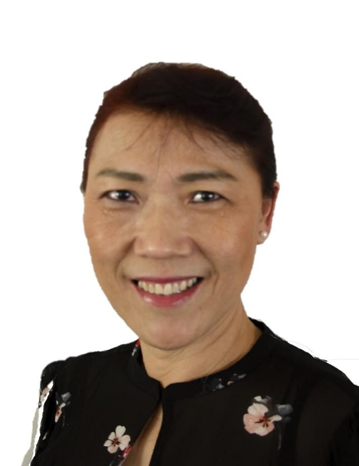 Julie ( Ling ) Wei