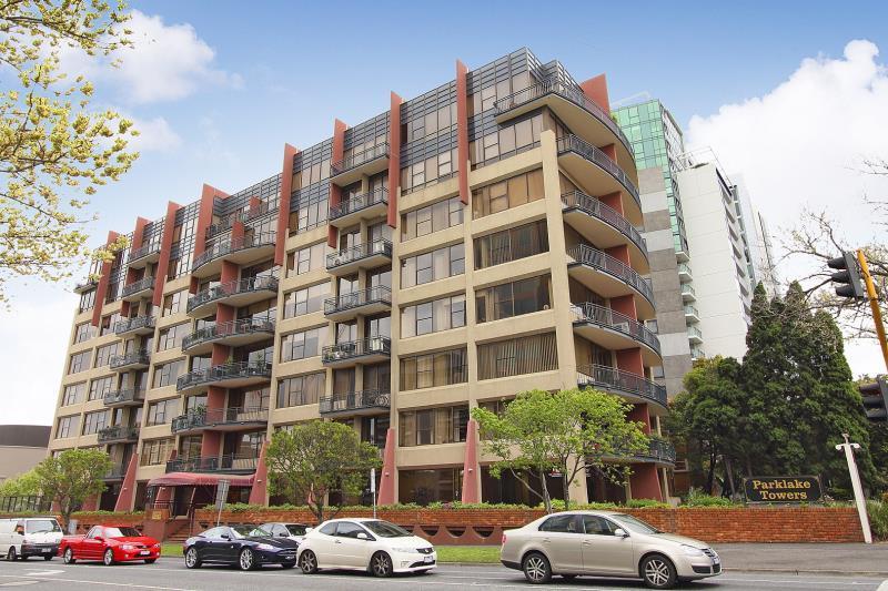 402/598 St Kilda Road,  Melbourne