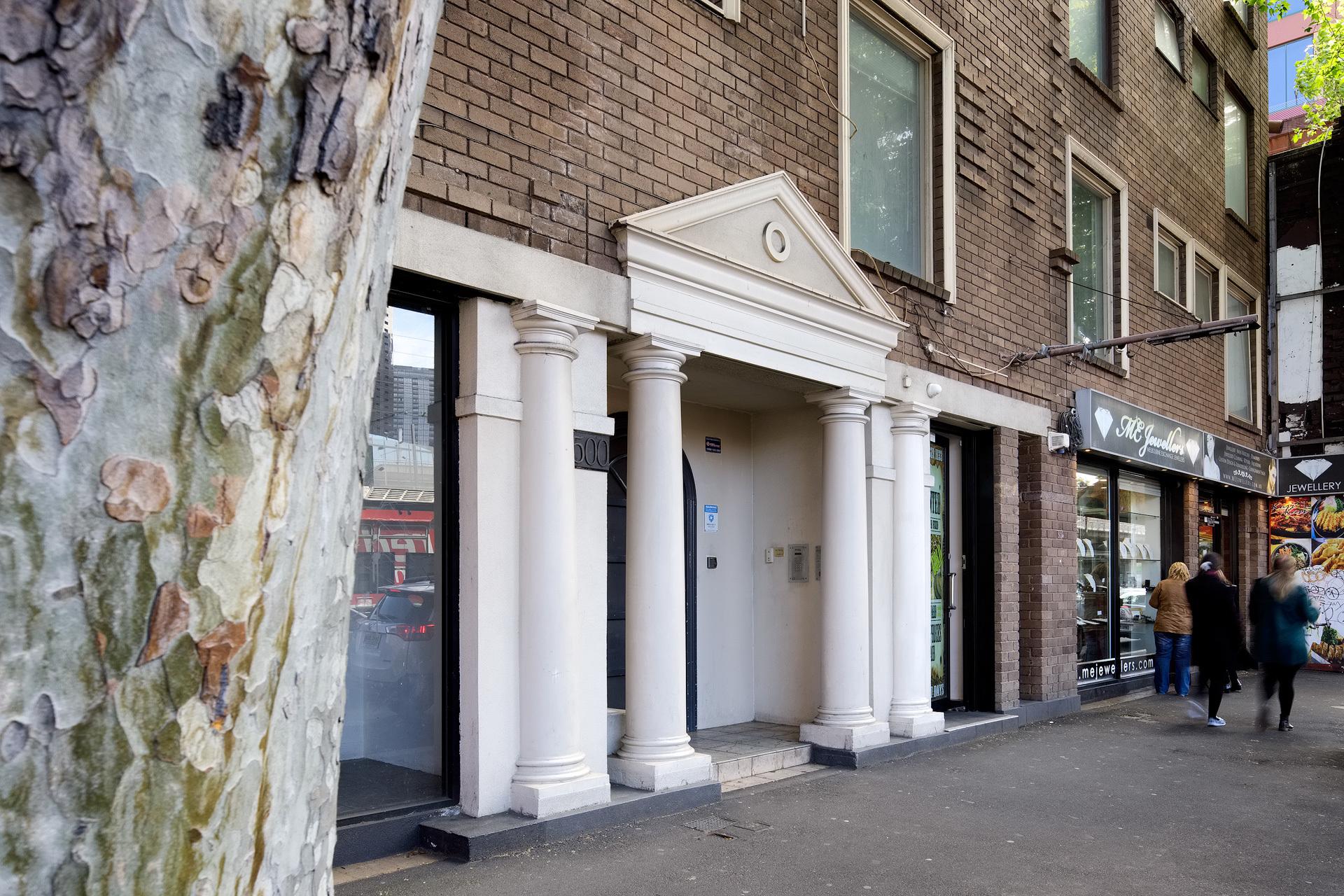 Unit 904/500 Flinders Street,  Melbourne