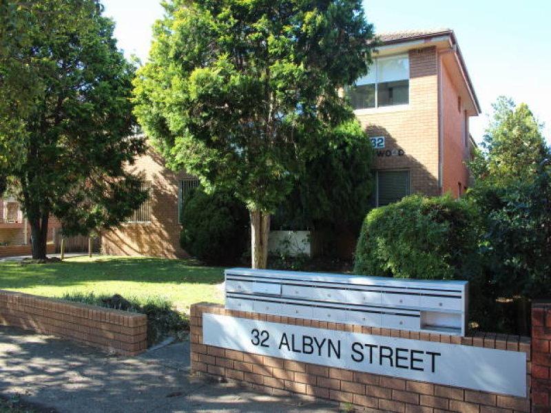 Unit 2/32 Albyn Street,  Bexley