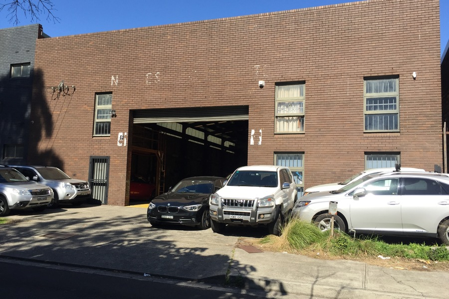 Free-standing Warehouse - approx 550sqm