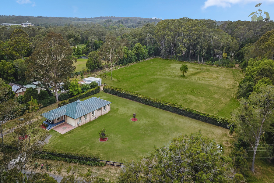 9.5 ACRES WITH A GREAT 'EDGE OF TOWN' LOCATION