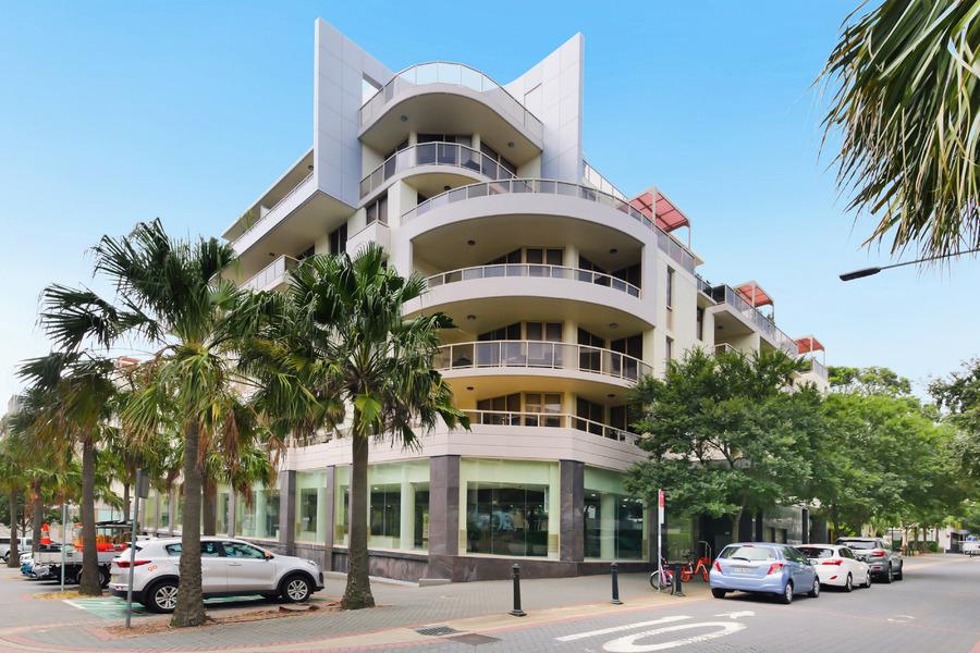 Resort Style Living & Inner City Convenience!
