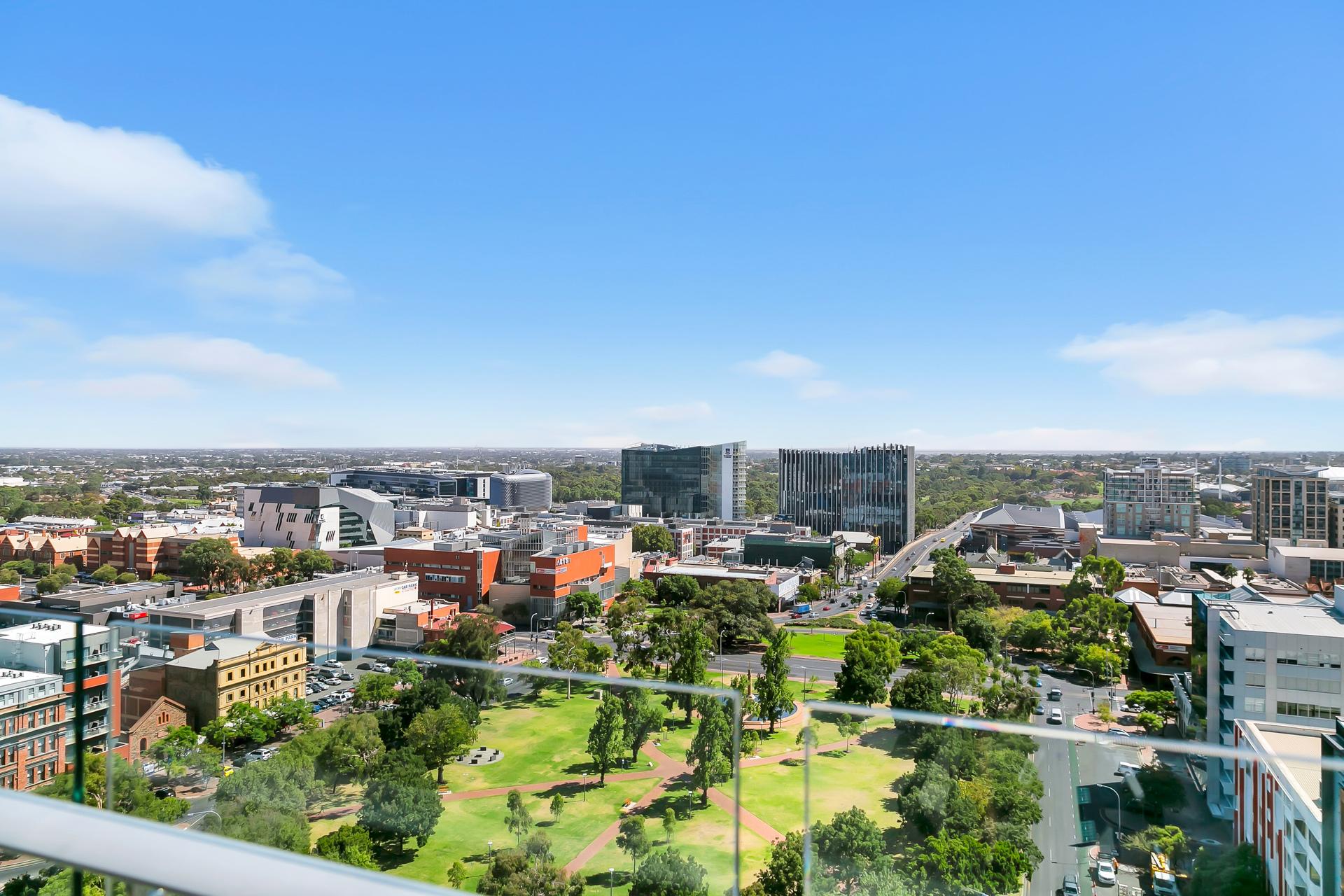 Executive Style Apartment Boasting Breathtaking Views!