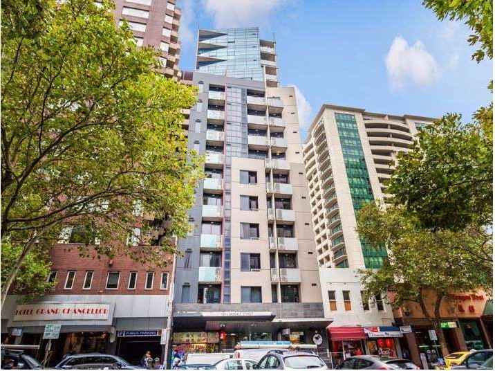 2-BEDROOM APARTMENT IN THE HEART OF MELBOURNE