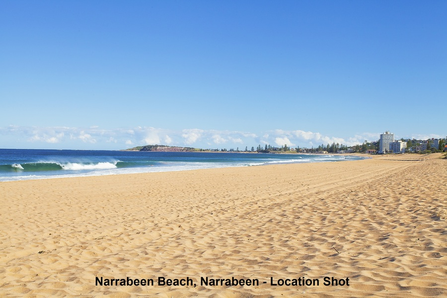 Stroll to Narrabeen Beach