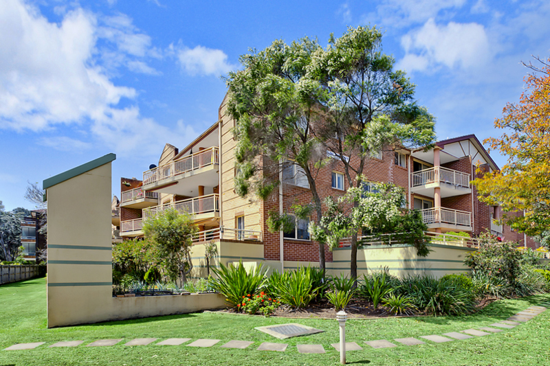 Unit 30/27-31 Goodwin Street,  Narrabeen