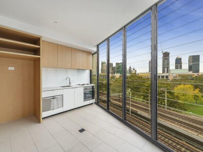 Unit 504/565 Flinders Street Melbourne