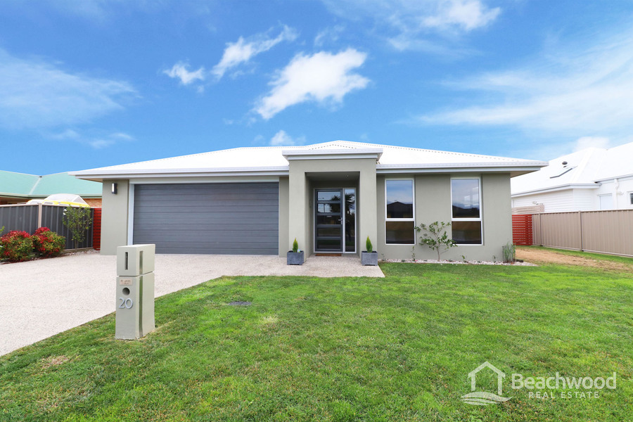 Quality 4 bed home in beautiful Shearwater