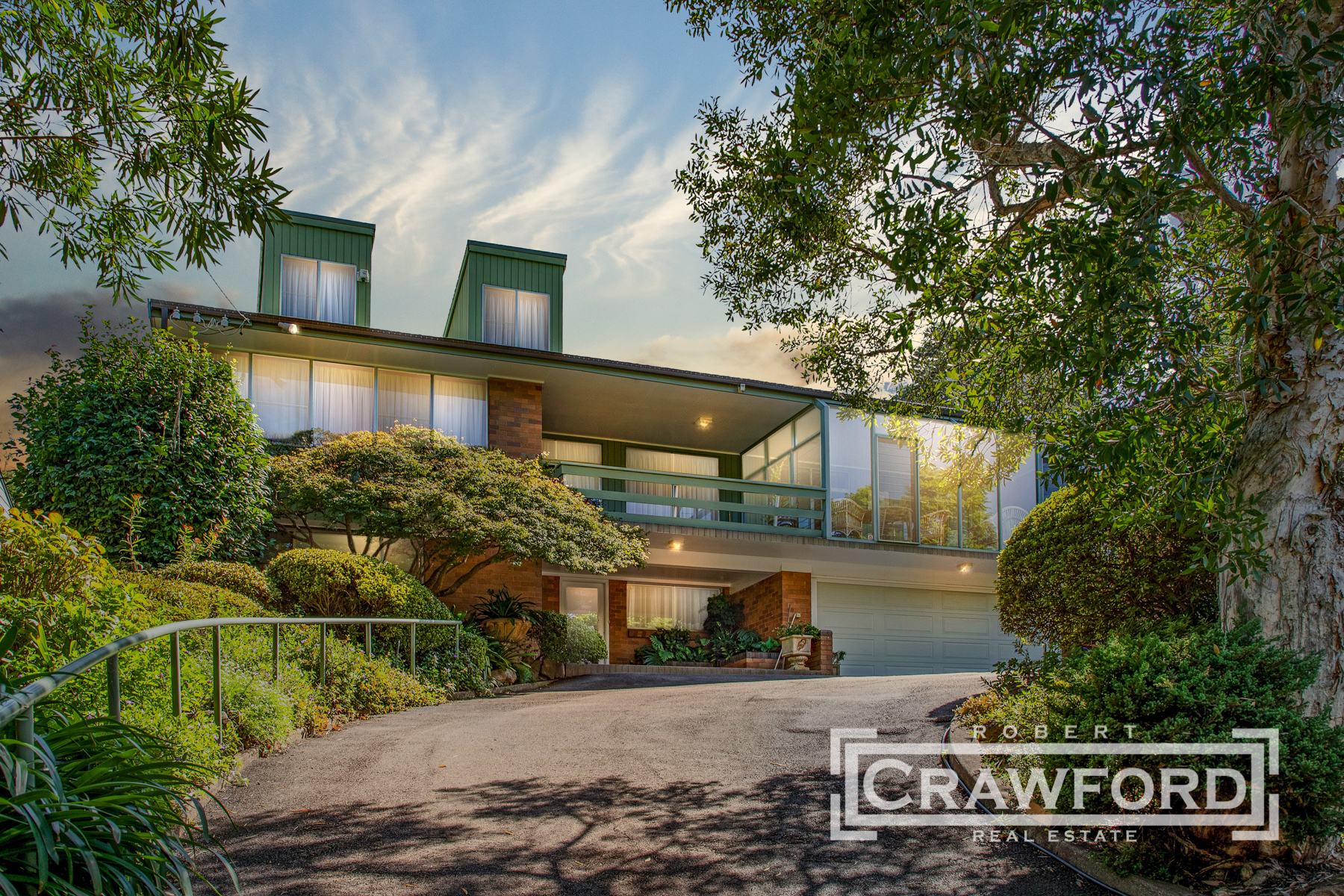 EXCEPTIONAL FAMILY HOME IN TRANQUIL BUSHLAND SETTING