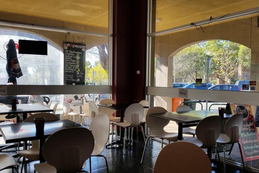 (4520) Cafe Espresso Bar Sutherland