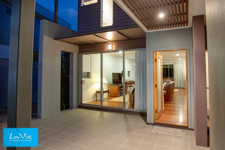 Unit 9/99 Brookwater Drive,