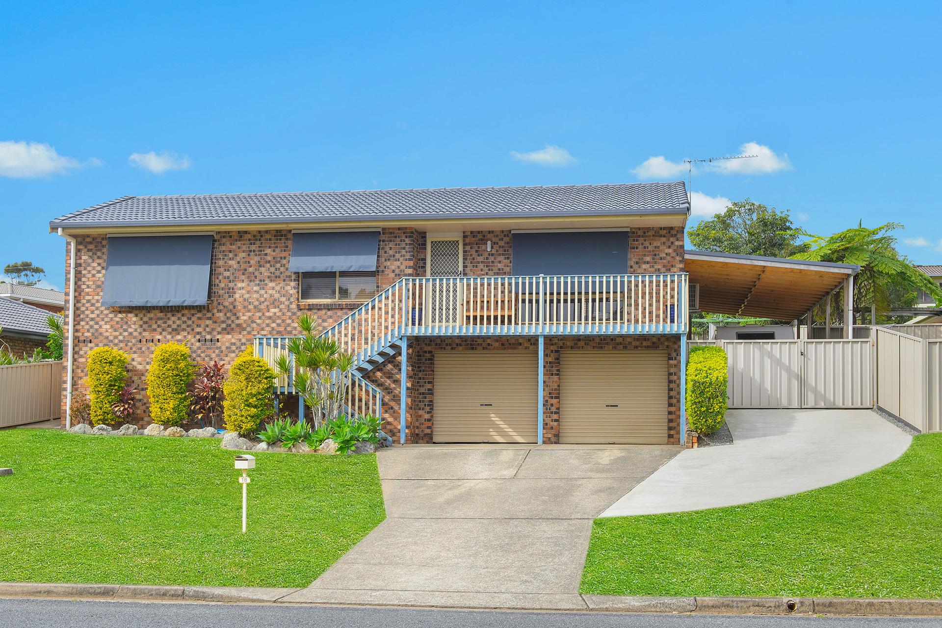 18 Fiona Crescent, Lake Cathie, NSW, 2445 - Image 1