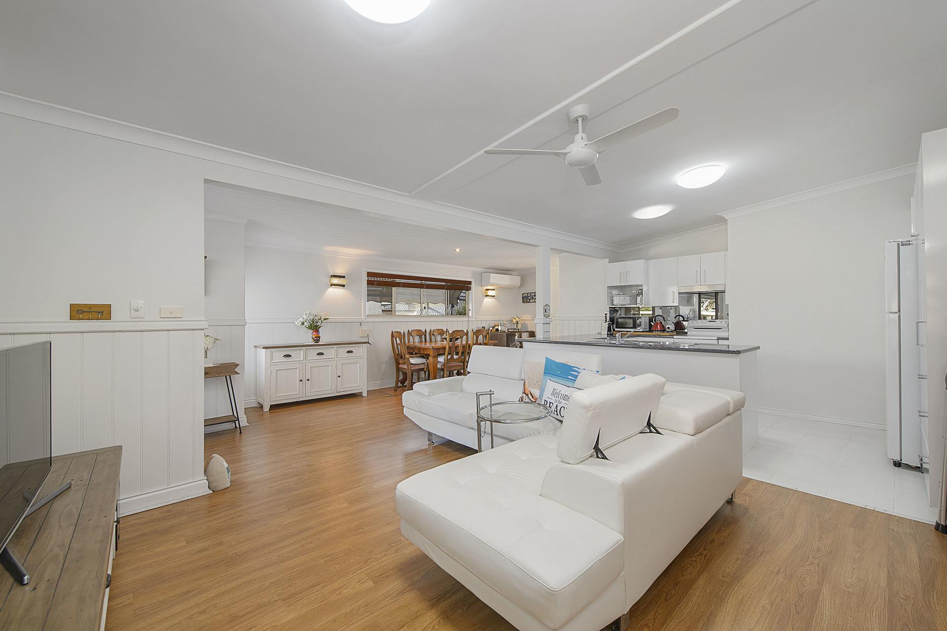 2/9 Walker Street, Crescent Head, NSW, 2440 - Image 1