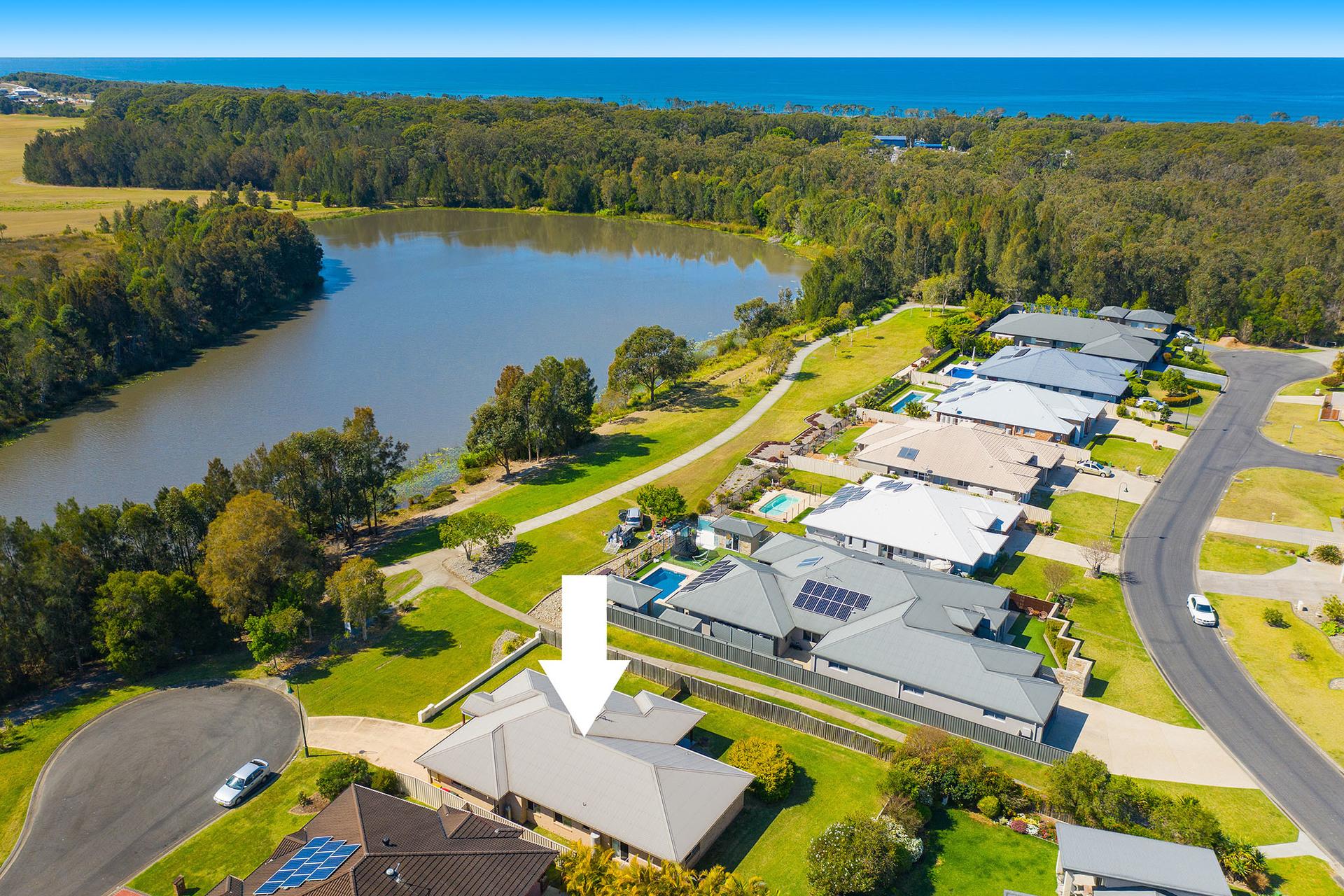 8 Seafarers Close, Bonny Hills, NSW, 2445 - Image 1