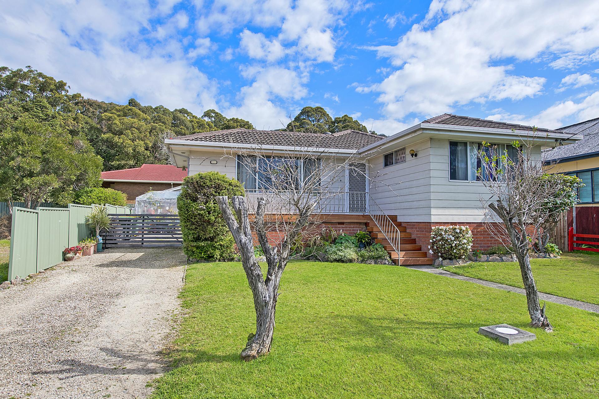 8 Kew Road, Laurieton, NSW, 2443 - Image 1