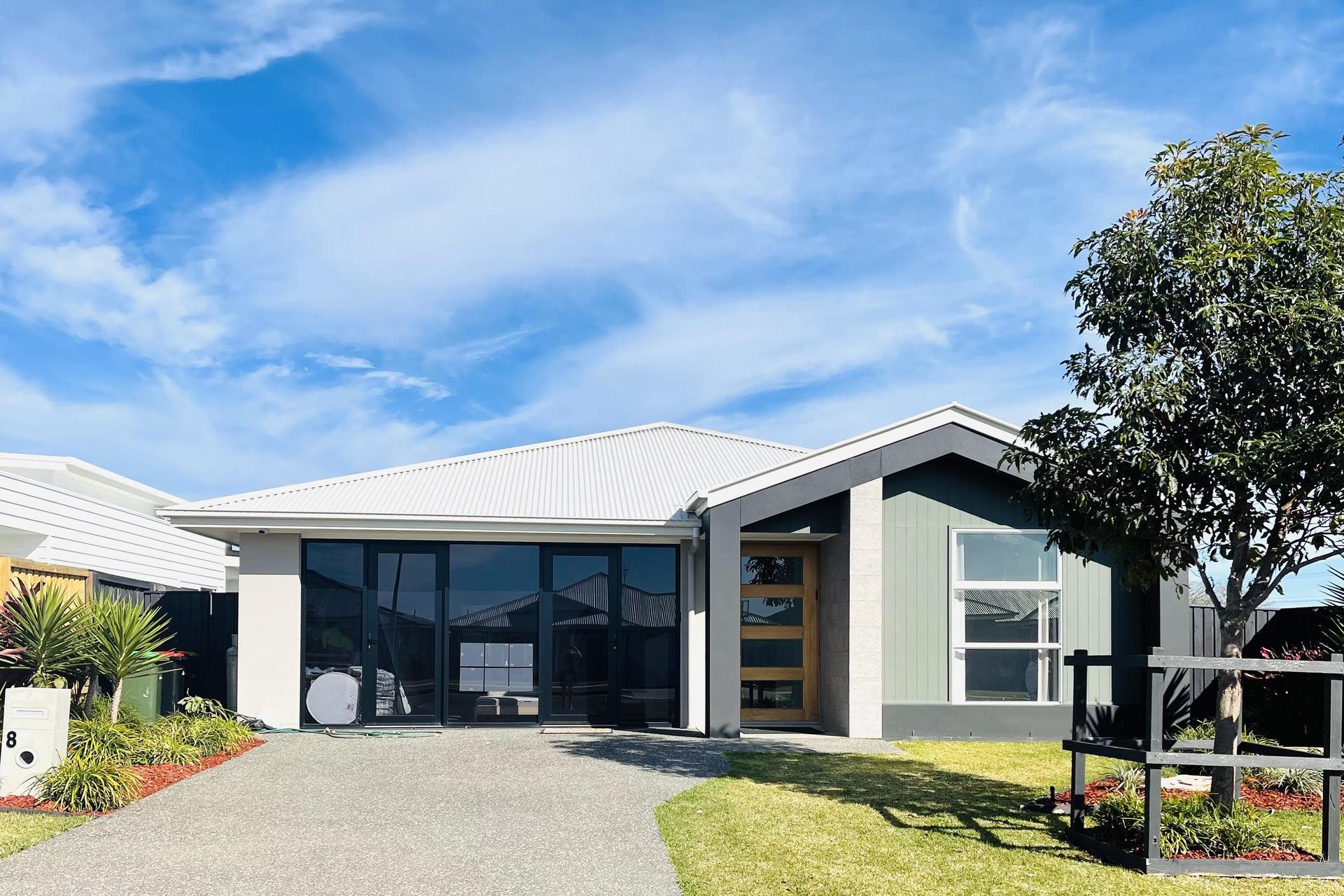 8 Seaside Drive, Lake Cathie, NSW, 2445 - Image 1