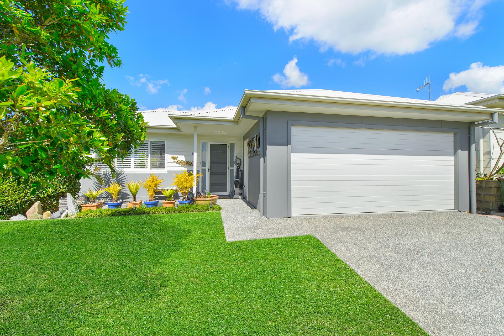 6 Southern Ocean Street, Lake Cathie, NSW, 2445 - Image 1